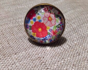 Ring cabochon round fancy - Liberty - flowers - red - light