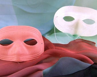 5 Vintage PINK Fabric Masks (with New White Elastic)