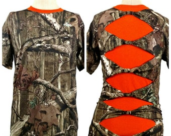 RealTree camo shirt - shredded shirt - Mossy Oak camo shirt - tied bow shirt - gift for her - camo tshirts - hunting shirt - Christmas gift