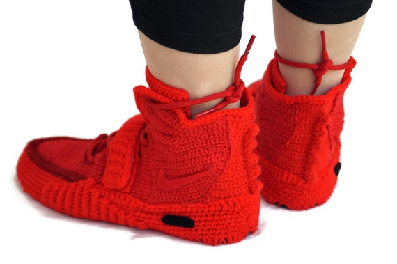 Yeezy Crochet 2 2 Sneakers Knitted Air Slippers Crochet Red Octeber Yeezy Boost 2 Crochet Air NAY2RO Red Adult October Air Yeezy Red cErYEwqf