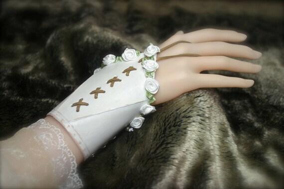 Pair of Bracelets Leather tooled elven medieval fairy Fantasy Bridal Gloves