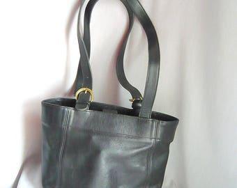 Vintage Coach BUCKET Purse / Black LEATHER Shoulder Bag / medium size Handbag / Double Top Handles