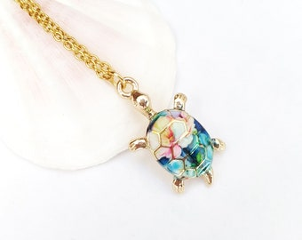 Multicolor sea turtle necklace, rainbow tortoise necklace, turtle pendant necklace, turtle jewelry, beach jewelry, sea turtle gold necklace