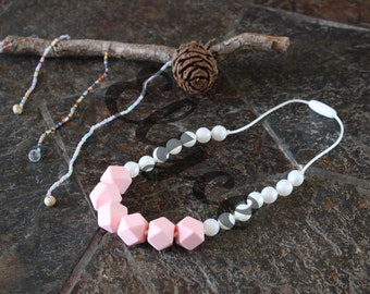 Necklace of teeth to chew on for MOM and baby, QUARTZ silicone