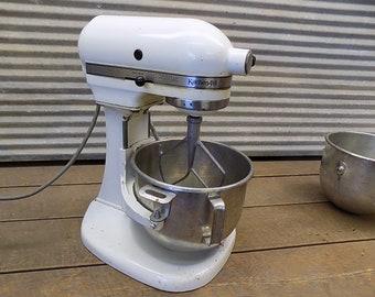 Kitchen Aid Stand Mixer Hobart 10 Speed Model K5-A Bowls 2 Attachments Vintage , Kitchen Aid Mixer, Stand Mixer, Countertop Mixer