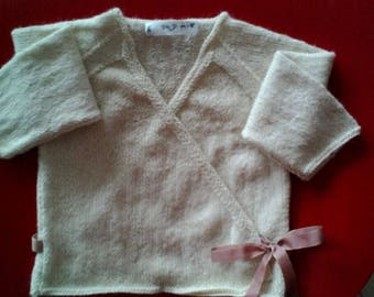 Cardigan knitted in pure Alpaca hand.