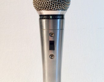 Vintage Shure Prologue 12 series microphone with cord