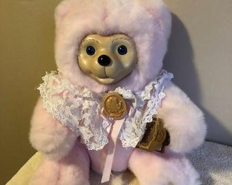 Cameo Bear by Raikes Bear