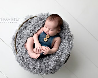 Gray Curly Faux Fur Photography Prop Rug Newborn Baby Toddler 27x30