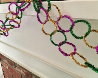 SHIPS FREE Retro vintage style tinsel Mardis Gras garland, for mantle, party, photo back drop – gold, green, and purple