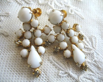 Vintage Rhinestone Dangle Earrings ~ Screwback ~ White Rhinestones