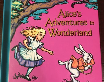 Pop-Up Adaptation of The Classic Alice's Adventures In Wonderland by Robert Sabuda