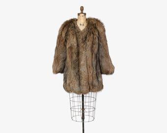 Vintage 80s FOX FUR COAT / 1980s Ultra Plush & Fluffy Crystal Fox Stroller Jacket