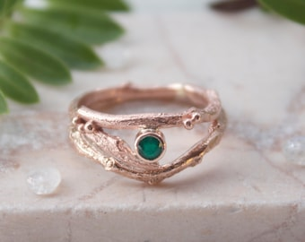 Rose Gold and Emerald Twig Engagement Ring Set-Woodland Wedding Stacking Rings-Rustic Wedding-May Birthstone-Unique Engagement Ring
