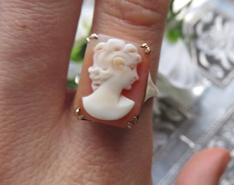 Vintage 9ct Gold Large Cameo Ring, Size M 1/2,Vintage Cameo Ring, Engagement Ring, Cameo, Gold, Large Cameo, Shell Cameo