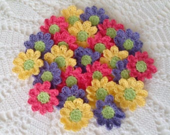 24 Lacy Crochet Daisies in Cheery Colors - 1.4 inch or 3,5 cm