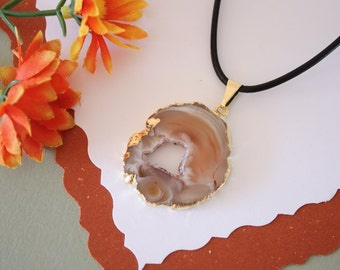 Druzy Necklace Gold, Geode Necklace, Crystal Necklace, Gold Geode Slice Druzy,GG24