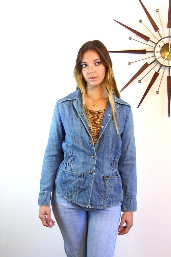 70s disco jacket, Lee Jean Jacket, 1970s jean jacket,Womens Lee jacket,Fitted jean jacket,Ladies denim jacket,Faded Denim Blazer,Hippie Boho