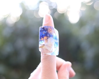 Blue resin ring, white flower ring, metallic flakes, electric blue ring, copper ring, festive jewellery, jewellery resin, boho jewelry, gift