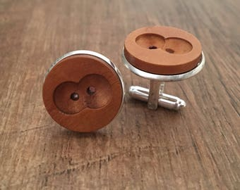 Cufflinks in silver plate inlaid with wooden button