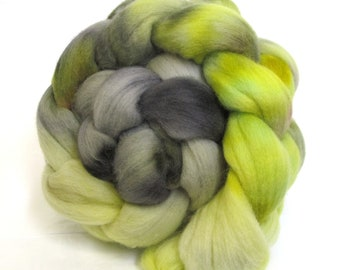 Merino Wool Hand Dyed Fine Combed Top Roving 21 Micron 100gms - FM65