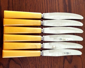 Vintage Forge Craft Butter Knives Table Knife Set of 6 w/ Bakelite Handles