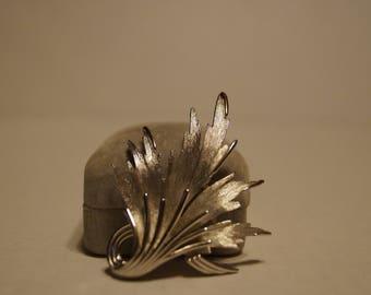 Crown Trifari Brooch Leaf Brushed polished Silver Tone dimensional Signed