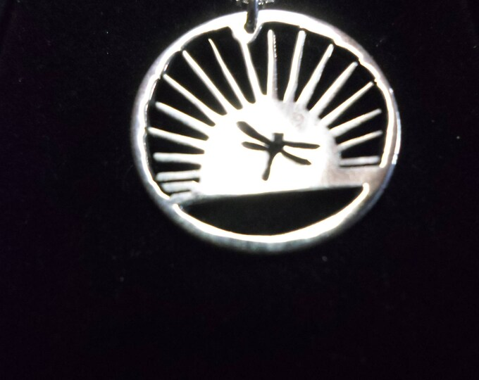 Sunburst dragonfly necklace quarter size w/sterling silver chain