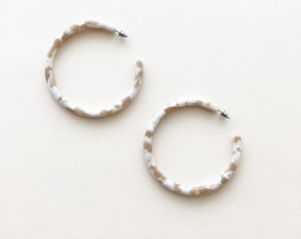 XL Hoops in Taupe Shell
