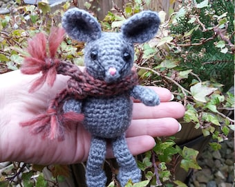 Crochet mouse, hand made mouse, hand crafted mouse, amigurumi mouse, cute mouse, crocheted mouse, crochet animal, mouse ornament, wool mouse
