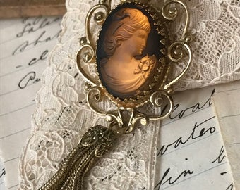 Vintage Carved Resin Cameo, Female Head Cameo Pendant Necklace