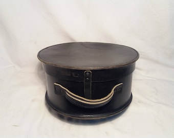 Vintage Black Leather Hat Box.Brand:STREICHMAN - ISRAEL