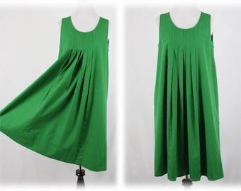 1970s Emerald Green Maternity Dress Handmade Pockets