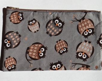 Grey Owl flat pencil case