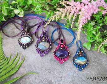Labradorite | Amethyst macrame necklace, tribal fairy pixie gypsy boho pendant , makrame pendant, psytrance gypsy jewelry, macrame pendant