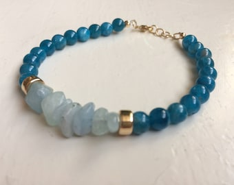 Apatite, Aquamarine and 14 K Goldfilled bracelet. Unique. Handmade gemstone and gold bracelet. Gift for women