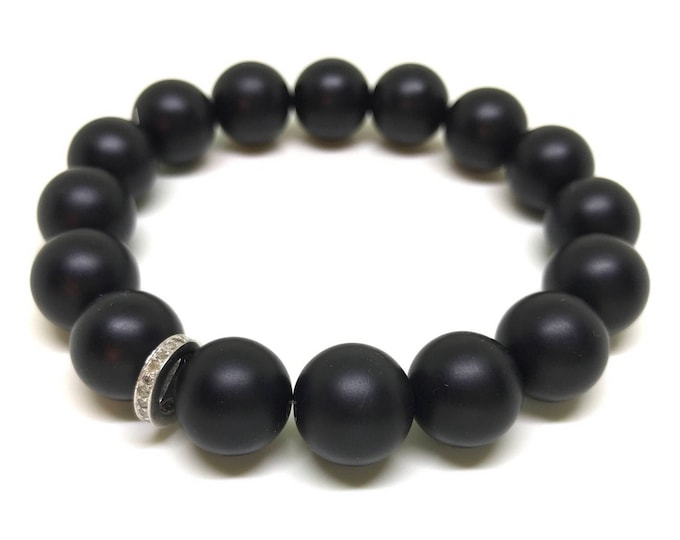Black matte onyx gemstone and 0,22 carat pave diamond men bracelet