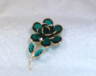 Vintage Green Flower Brooch