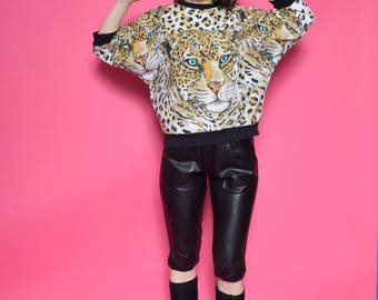 Vintage 90's Leopard Print Sweatshirt / Animal Print Top / Batwing Leopard Top - Size Medium