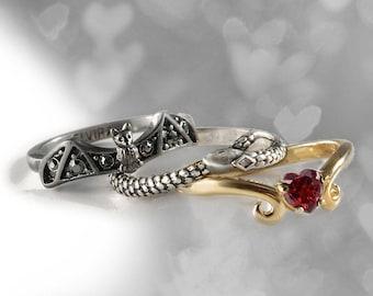 Elvira's Stacking Ring Set: Bat, Serpent, Heart, Stacking Rings, Gothic Rings, Elvira Rings, Stackable Rings, Halloween Jewelry EL_R101