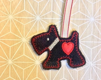 ITH Scottie Dog Christmas Hanging Decoration. In the hoop Scottie machine embroidery design by Pixie Willow Patterns