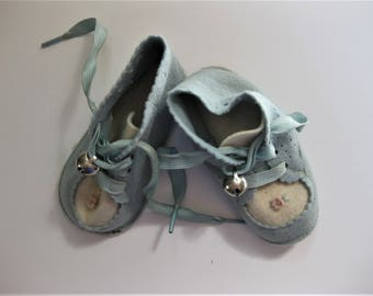 Sweet Vintage Soft Baby Shoes, Felt, Appliques, Bells