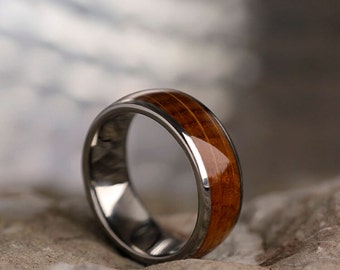 Whiskey Barrel Oak Wood Ring In Titanium, Mens Titanium Wedding Band, Wood Jewelry, Signature Style