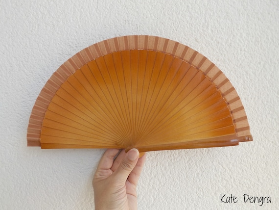 Sml Two Tone Brown Wooden Hand Fan