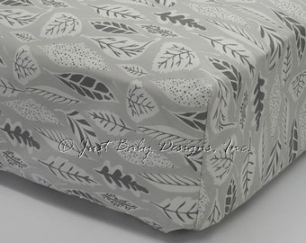 Fitted Crib Sheet - Gray Leaves