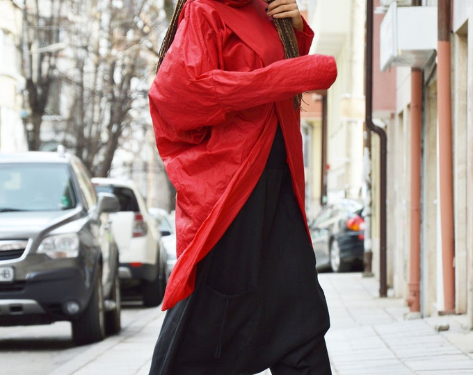 Asymmetric Red Turtleneck Vest Top, High Collar Tunic Vest, Urban Style Oversize Vest, Waterproof Windproof Top by SSDfashion