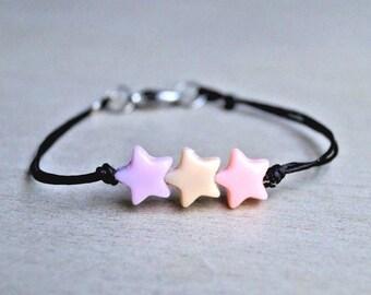Handmade Pastel Triple Star Acrylic Beads Bracelet for Men/Women Kawaii Surfer Bohemian Love Relationship Heart