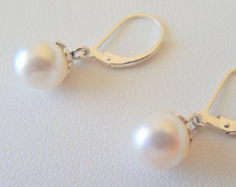 Swarovski Pearl Leverback Earrings