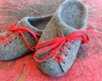 Woolen clogs, felted slippers, warm gift