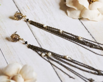 Chain and pearl  tassel earrings